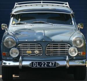 Volvo Amazon Front met oldtimer kentekenplaat